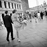 fotografo-matrimonio-sposi-piazza