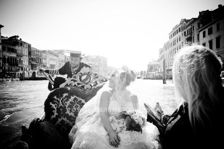 rinnovo-promesse-venezia-gondola-003