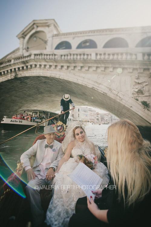 rinnovo-promesse-venezia-gondola-007