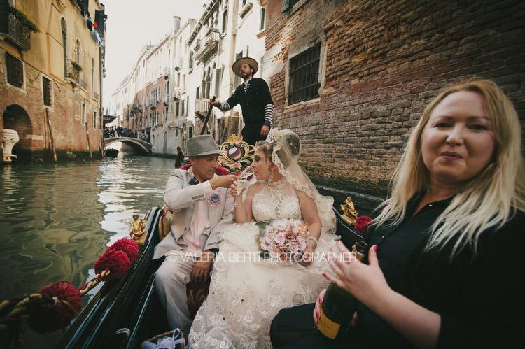 rinnovo-voti-matrimoniali-venezia-gondola-001