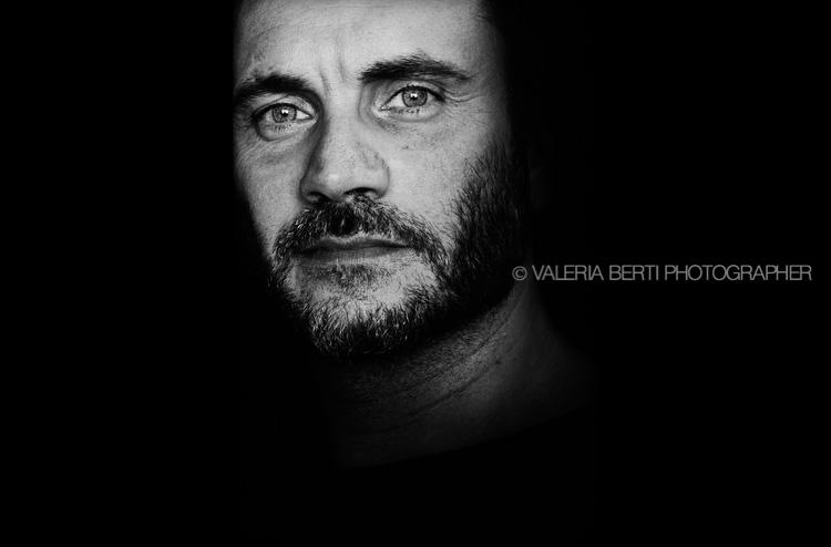 ritratti-al-cantante-Nek-Filippo-Neviani-006-0001