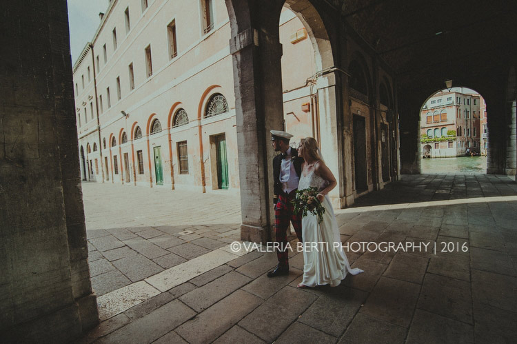 scottish-wedding-venice-portraits-bride-groom-003