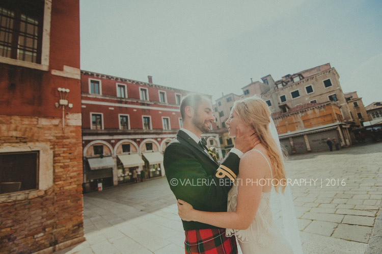 scottish-wedding-venice-portraits-bride-groom-009