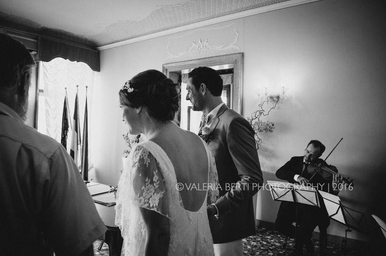 cerimonia-sposi-palazzo-cavalli-venezia-005