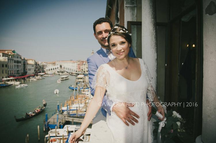 cerimonia-sposi-palazzo-cavalli-venezia-017