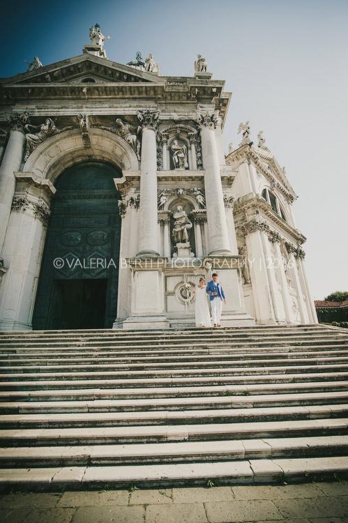 ritratti-sposi-venezia-gondola-003
