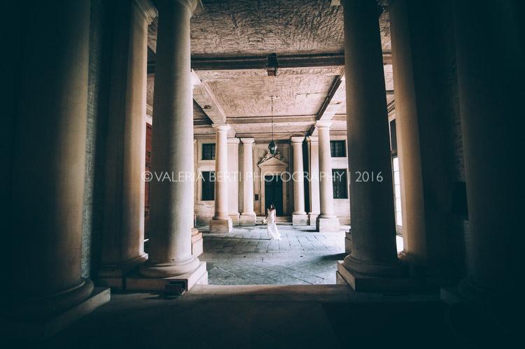 vestizione-ritratti-sposa-padova-palazzo-papafava-020