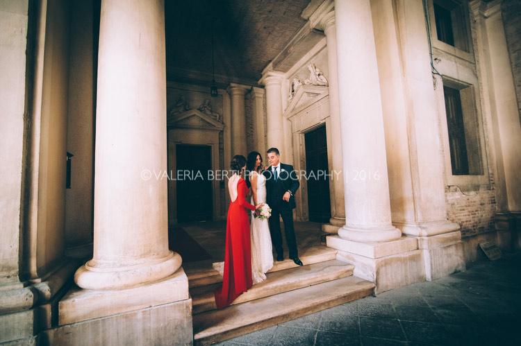 vestizione-ritratti-sposa-padova-palazzo-papafava-023