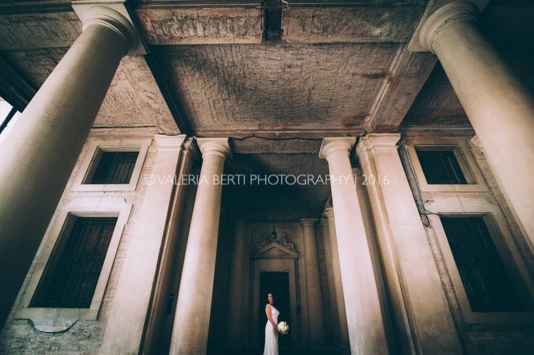 vestizione-ritratti-sposa-padova-palazzo-papafava-024