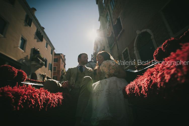 ritratti-sposi-gondola-venezia-ca-sagredo-002