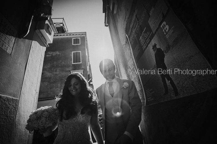 ritratti-sposi-gondola-venezia-ca-sagredo-009