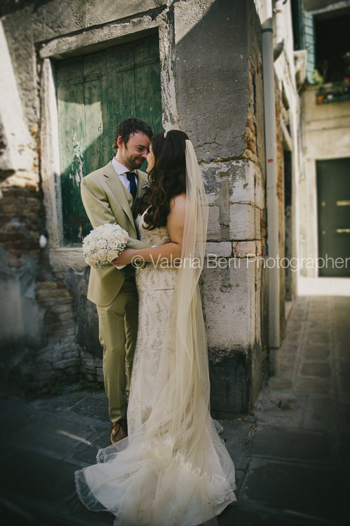 ritratti-sposi-gondola-venezia-ca-sagredo-011