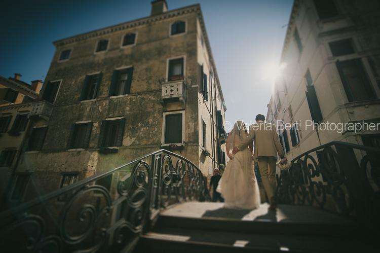 ritratti-sposi-gondola-venezia-ca-sagredo-018