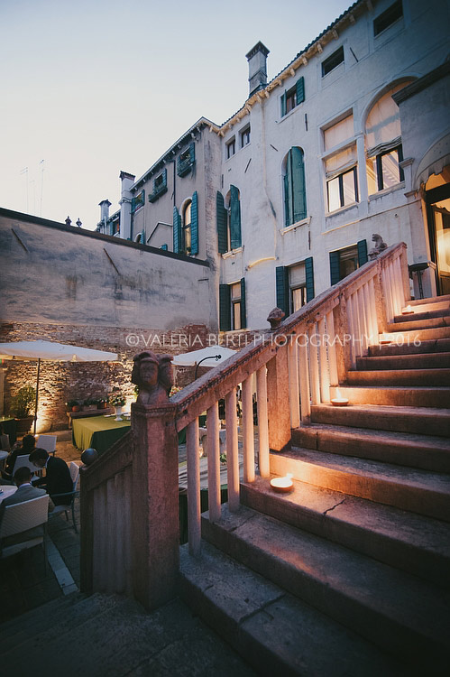 fotografo-venezia-palazzo-contarini-della-porta-di-ferro-001